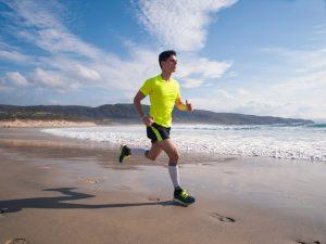Cinco dicas para prevenir lesões com os esportes de praia