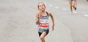 Jovem de dez anos vence a prova de 5k da Maratona de San Diego