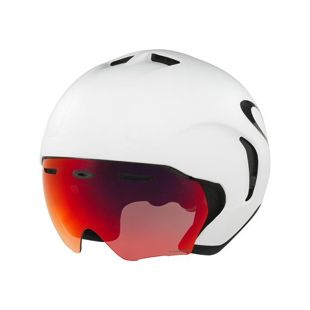 8113f7c752a34 Oakley inova no ciclismo com sua nova linha de capacetes
