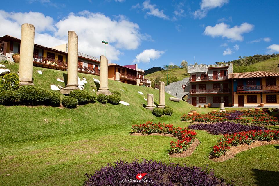 O Hotel Village Le Canton é lindo e cenário da largada da corrida | Foto: Le Canton