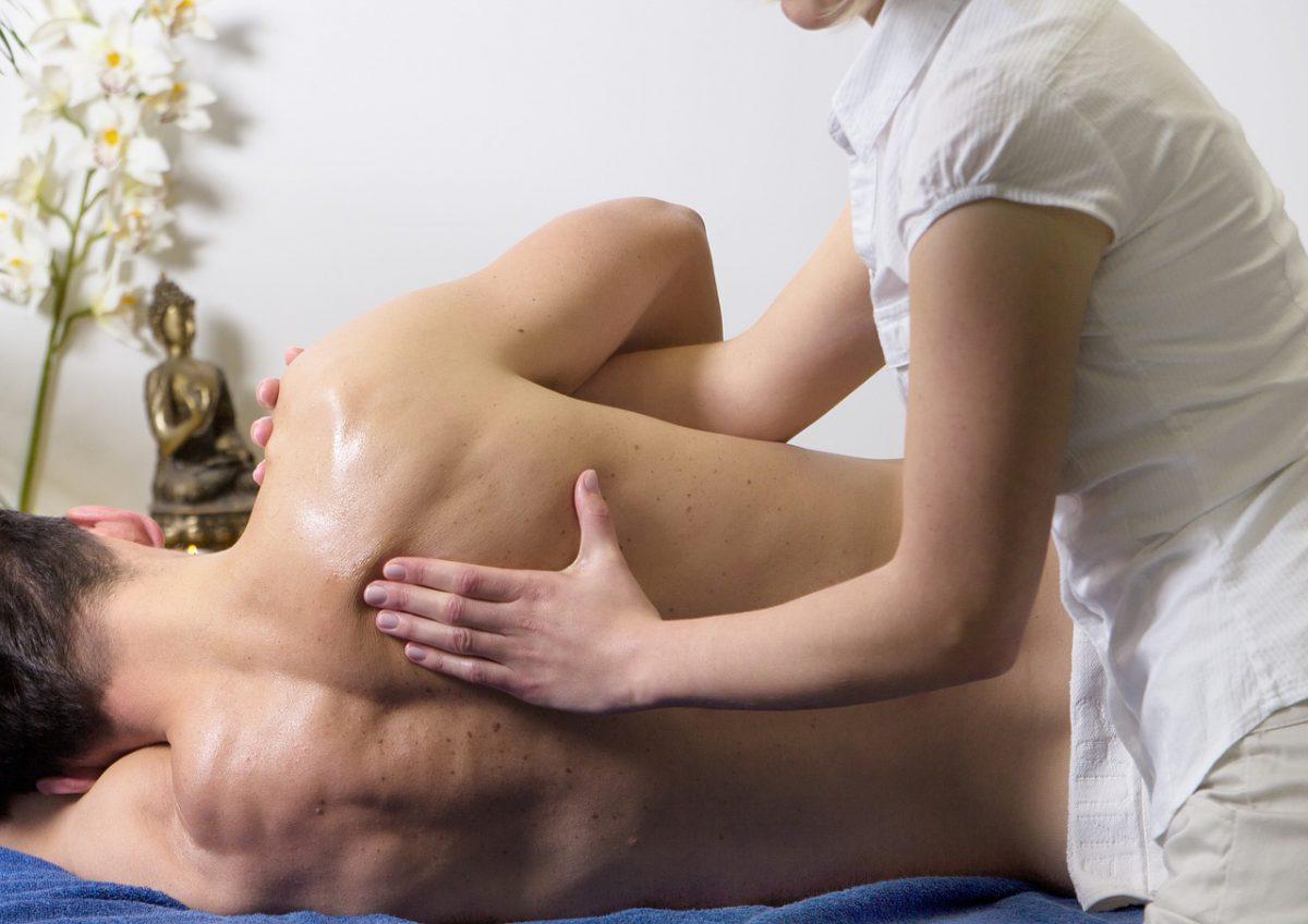 Má postura no exercício ou no dia a dia? Dor no ombro ao correr? Veja a resposta do ortopedista para essa e outras questões