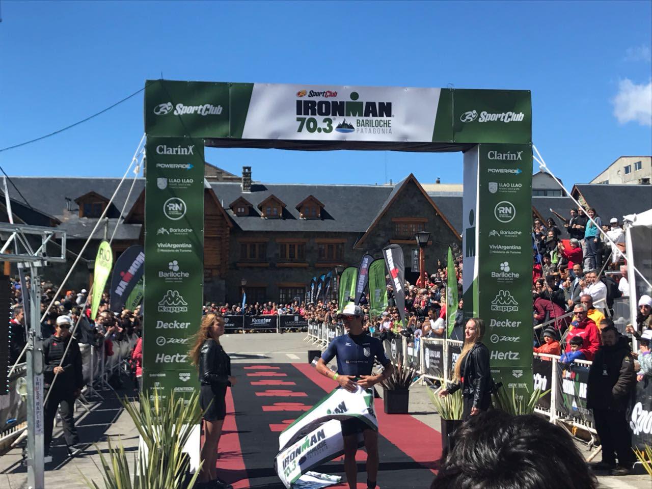 Igor Amorelli na linha de chegada. |Foto: Event Live/Ironman Argentina
