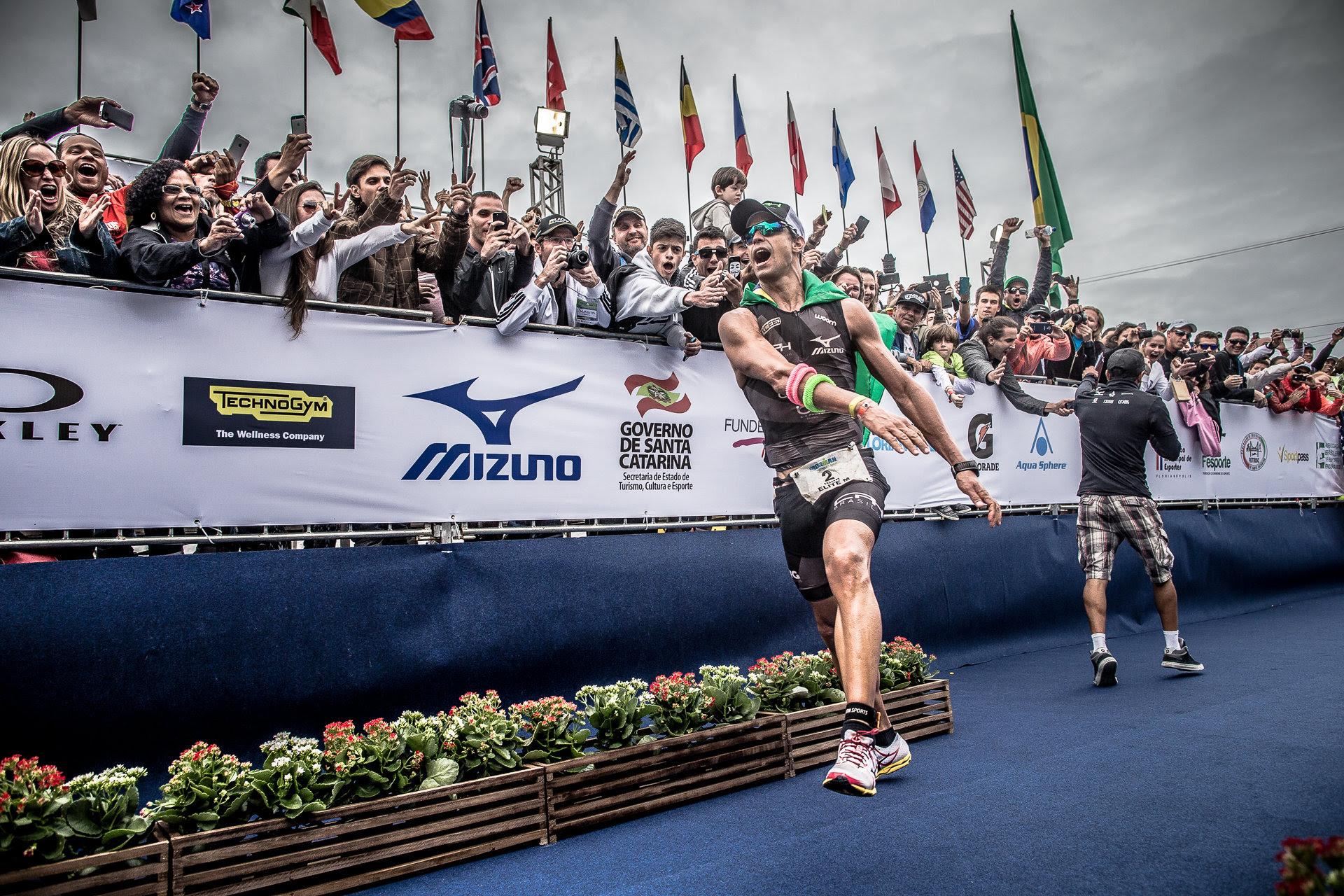Igor Amorelli competirá nos próximos Ironman Florianópolis e está em busca do pódio mais um ano. | Foto:  Gabriel Heusi/Heusi Action