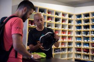 Adidas incentiva grupos de corrida e investe em serviços gratuitos