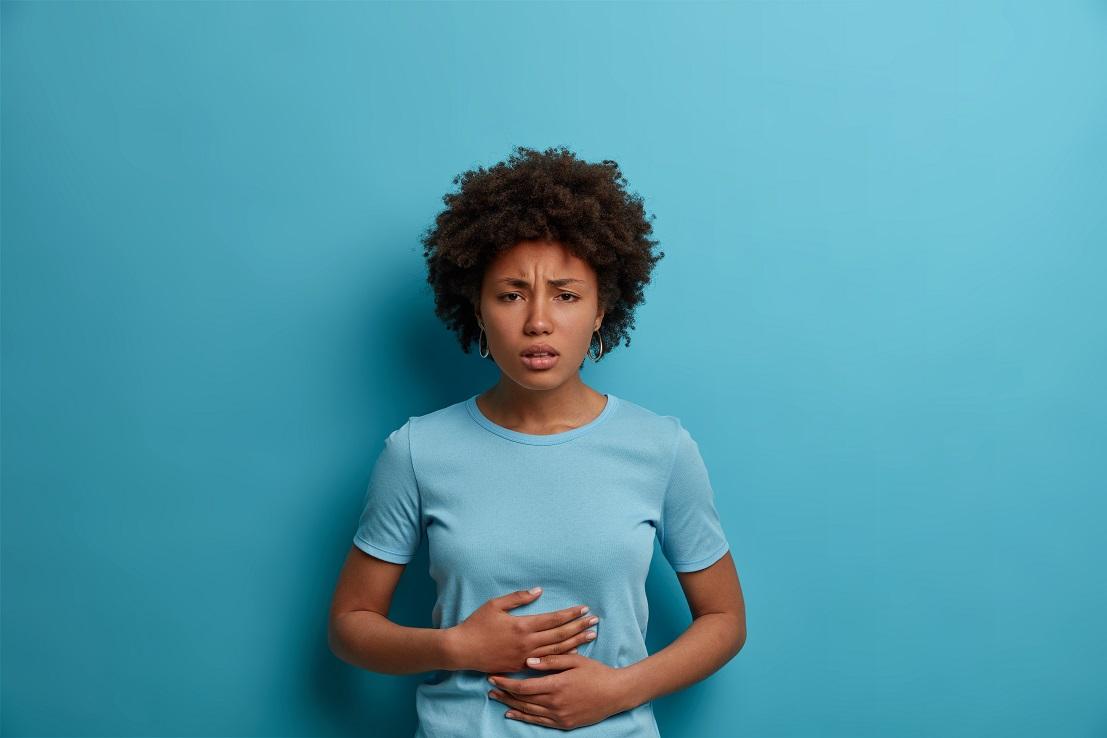 Você come até a barriga doer? Isso pode ser perigoso