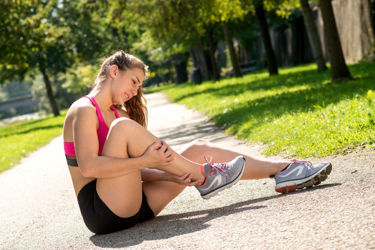 Saiba como é diagnosticada a tendinite no pé e tornozelo - Foto: Fotolia