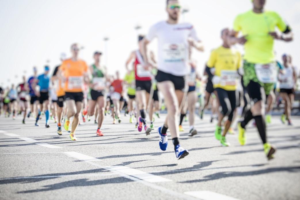 Pesquisa aponta as marcas mais presentes em corridas de rua - Foto: AdobeStock