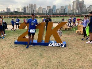Asics Golden Run SP atrai mais de 4 mil corredores no dia dos pais