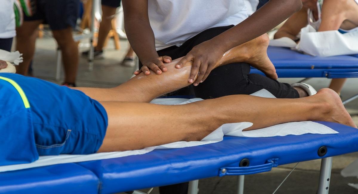 Pomadas anti-inflamatórias ajudam a tratar lesões? - Foto: Adobe Stock