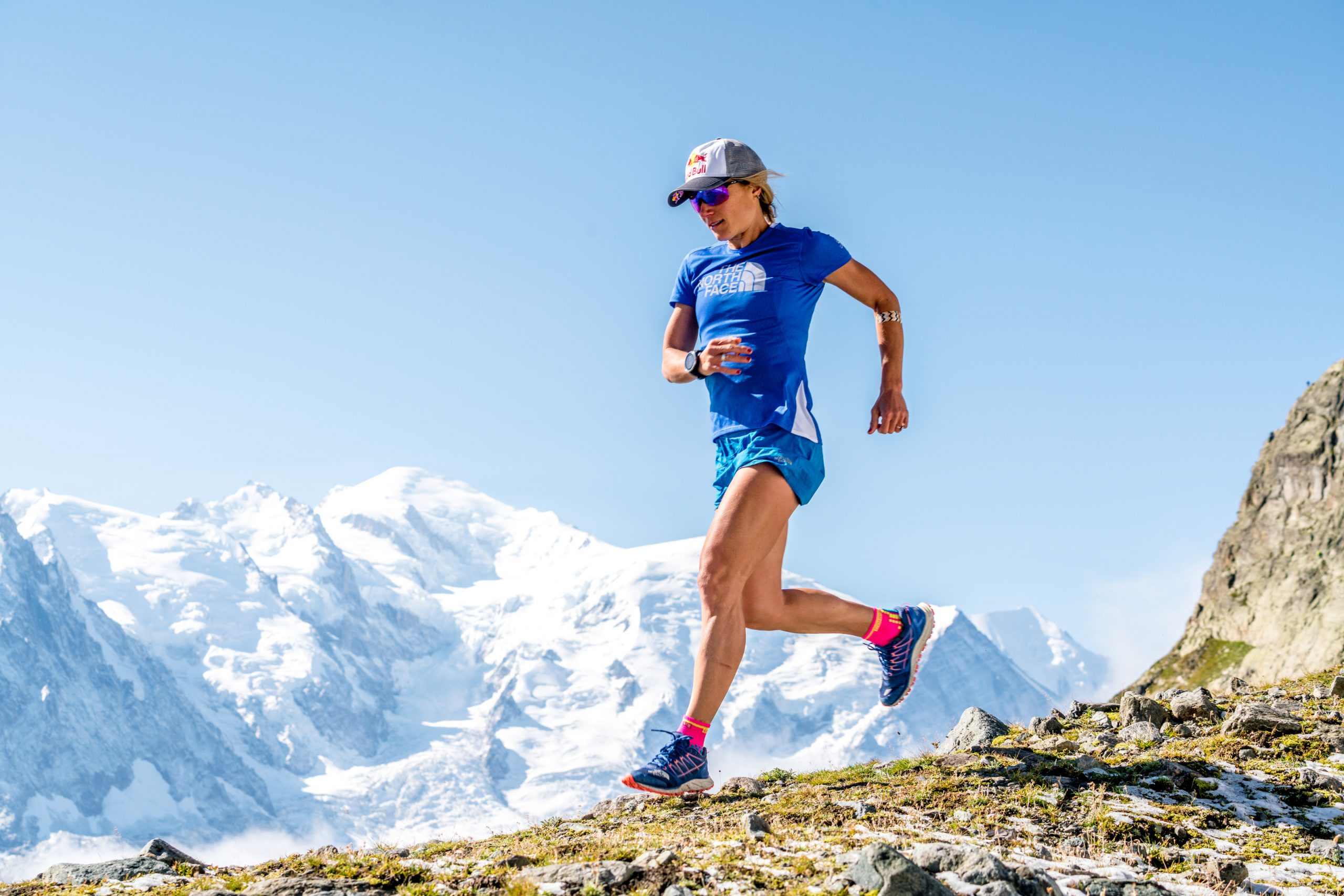 Fernanda Maciel encara 170km em busca do mundial de ultramaratona - Foto: Mathis Dumas / Red Bull Content Pool