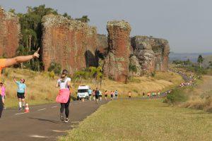 Corrida de Vila Velha: uma das mais bonitas do país, agitou o Paraná - Foto: Reprodução