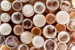 O que a cerveja causa no corpo do corredor? Saiba quando evitar