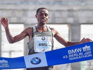 Kenenisa Bekele vence Maratona de Berlim e por 2 segundos não iguala recorde mundial