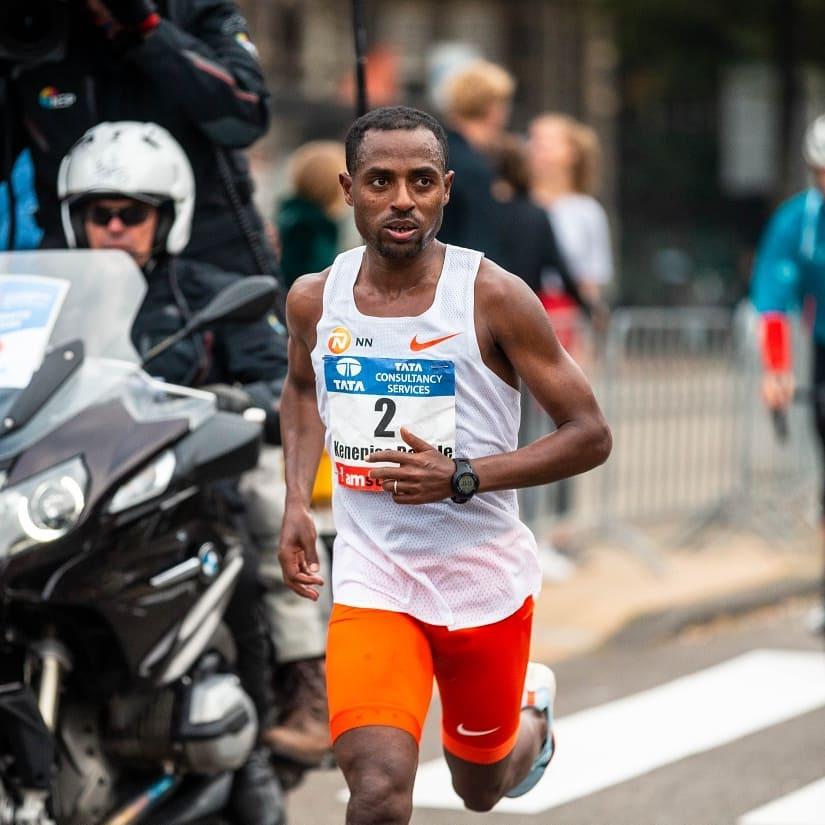 Multicampeão Kenenisa Bekele estará no start list da Maratona de Berlin - Foto: Reprodução Instagram/Kenenisa Bekele