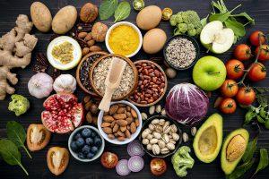 Conheça 8 opções de snacks saudáveis para o dia a dia
