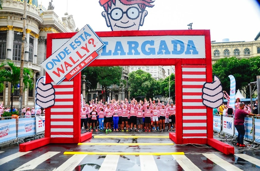 "1ª Onde Está Wally Walk & Run RJ reúne 4 mil ""Wallys"" no Theatro Municipal - Foto: Carolina Salermo"