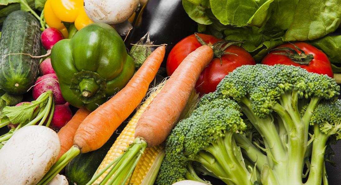 Algumas vitaminas e minerais presentes nos alimentos ajudam ainda mais a manter o sistema imunológico em dia/ Foto: Reprodução