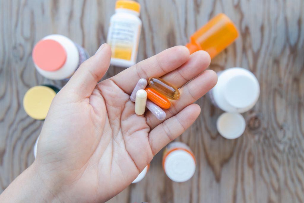 Nutricionista faz alerta sobre suplementos que prometem fortalecer a imunidade