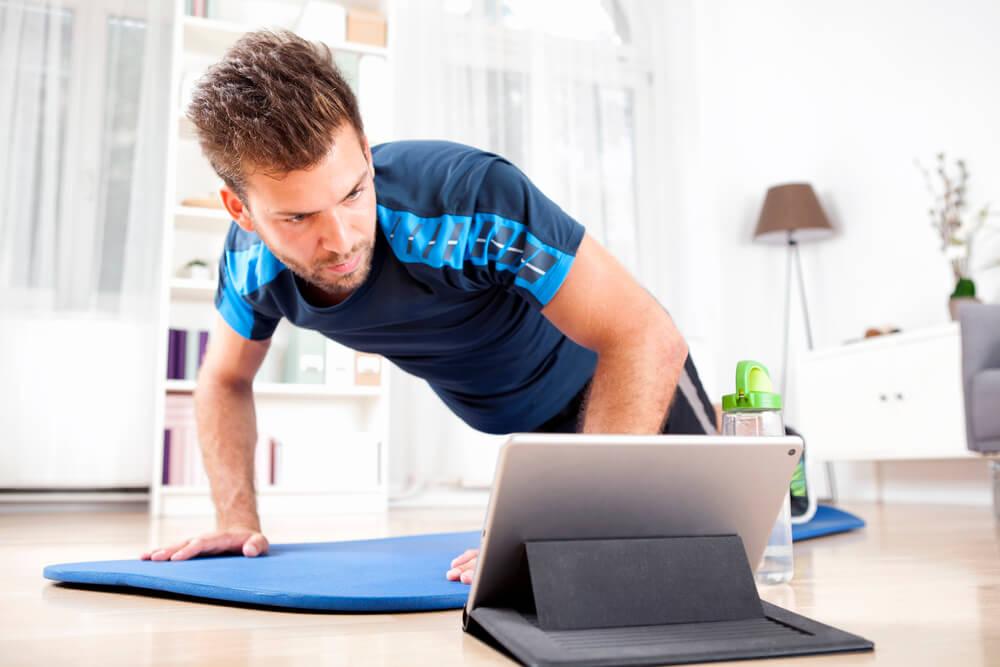COVID-19: procura por treinos online cresce nos últimos dias