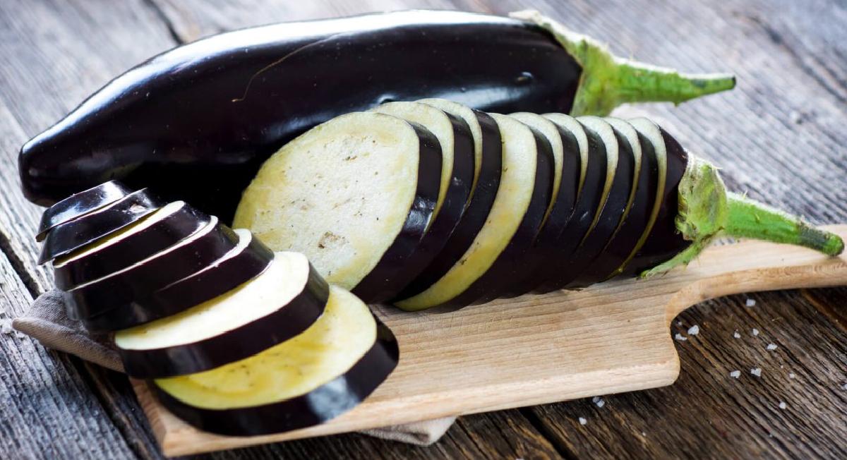 17 alimentos que ajudam a combater a retenção de líquido