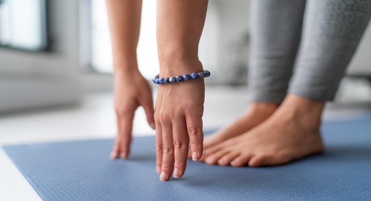 Alongamento: por que realizar e quais os benefícios para o corpo?