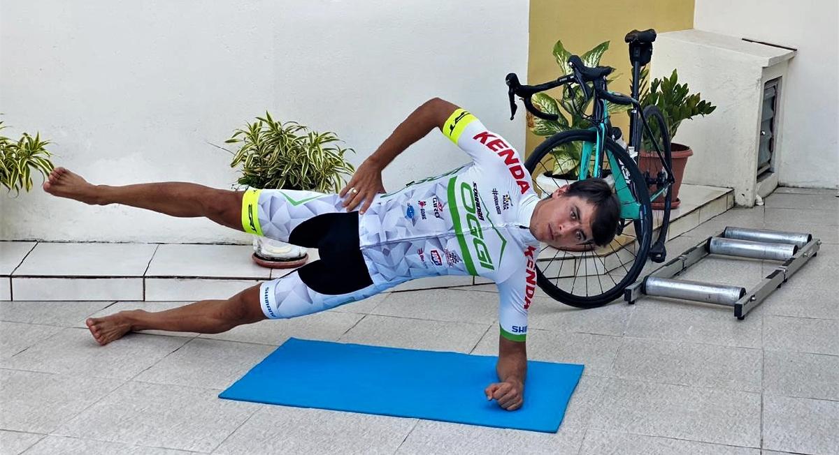 Atletas profissionais dão dicas para ciclistas manterem os treinos em casa