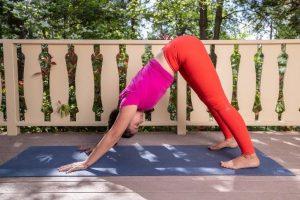 Posturas de Yoga ajudam a fortalecer o sistema imunológico
