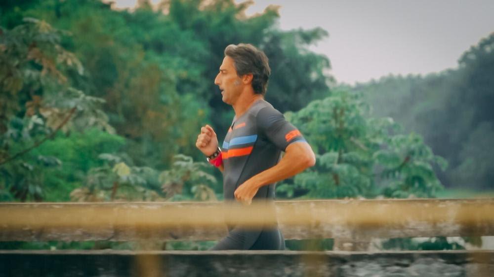 Em duathlon virtual, triatleta arrecada mais de 300 quilos de alimentos