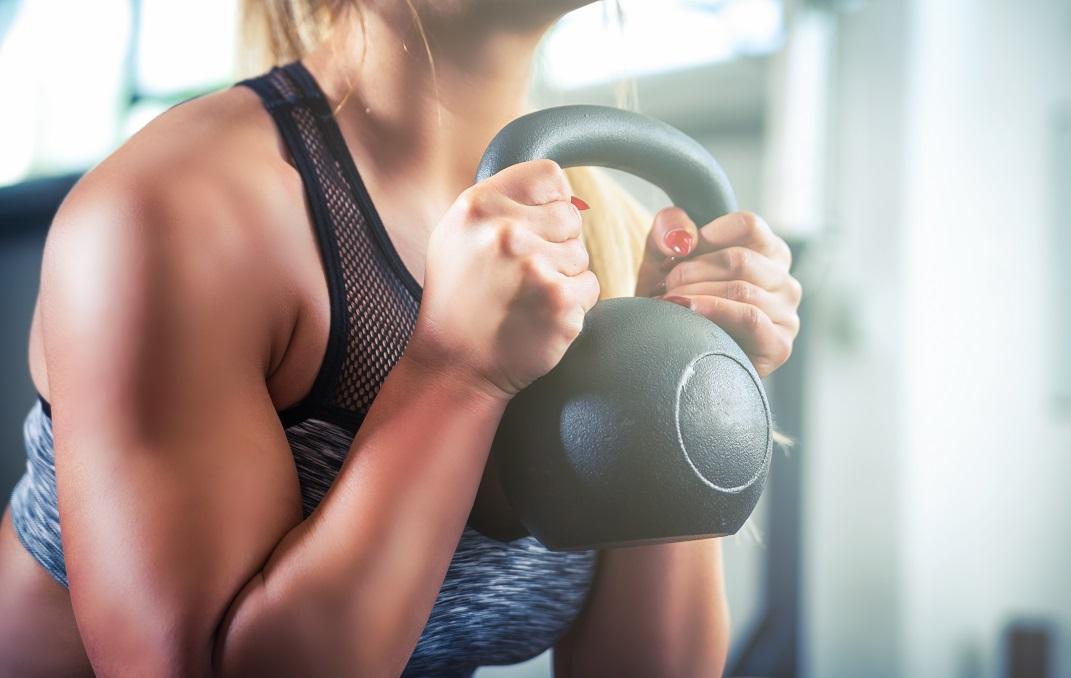 10 exercício para ter ombros fortes e melhorar a performance