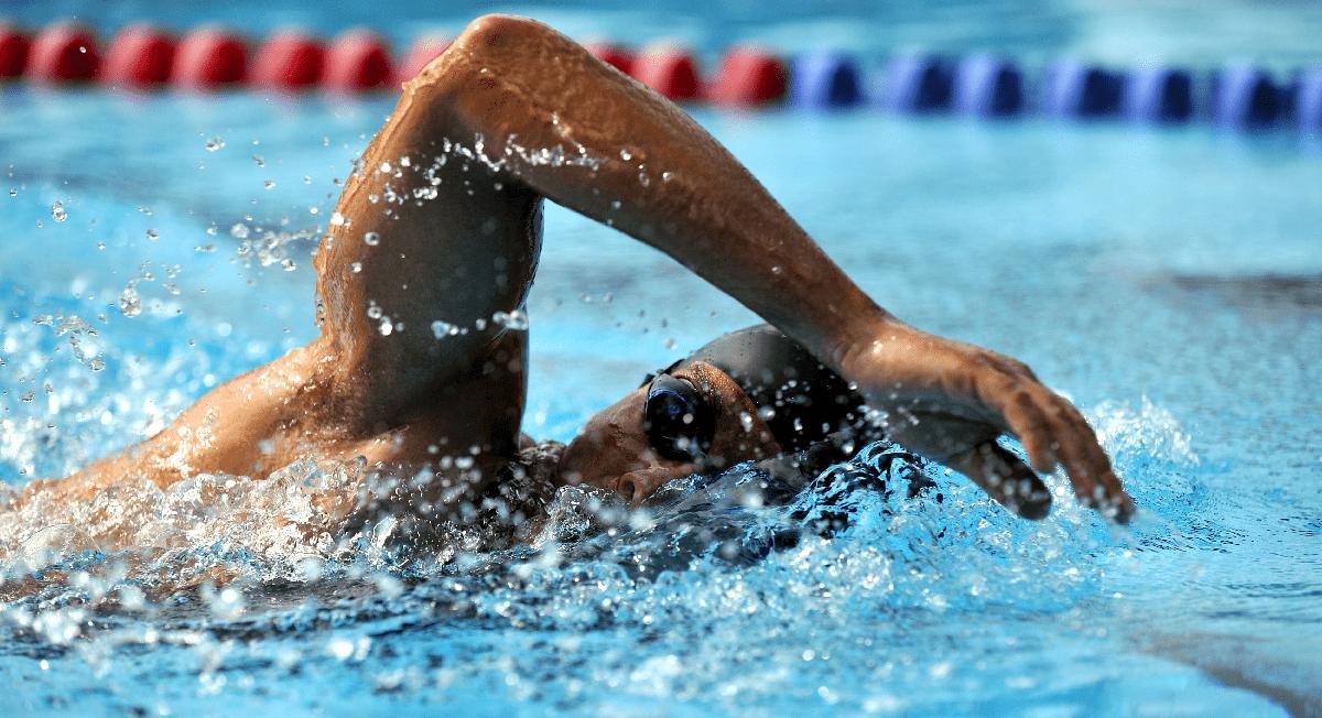 A natação é a prática mais segura durante a pandemia?