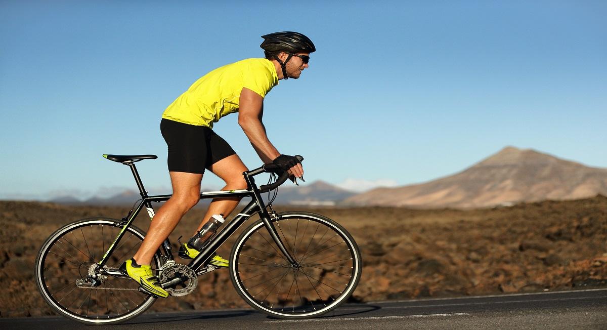 Dia do Ciclista: personal lista benefícios de pedalar para a saúde - Webrun