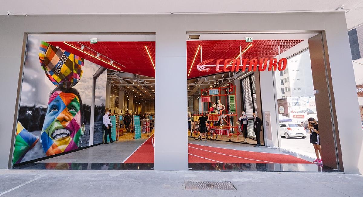 Centauro inaugura loja de rua na Av. Paulista e transmite abertura ao vivo na internet