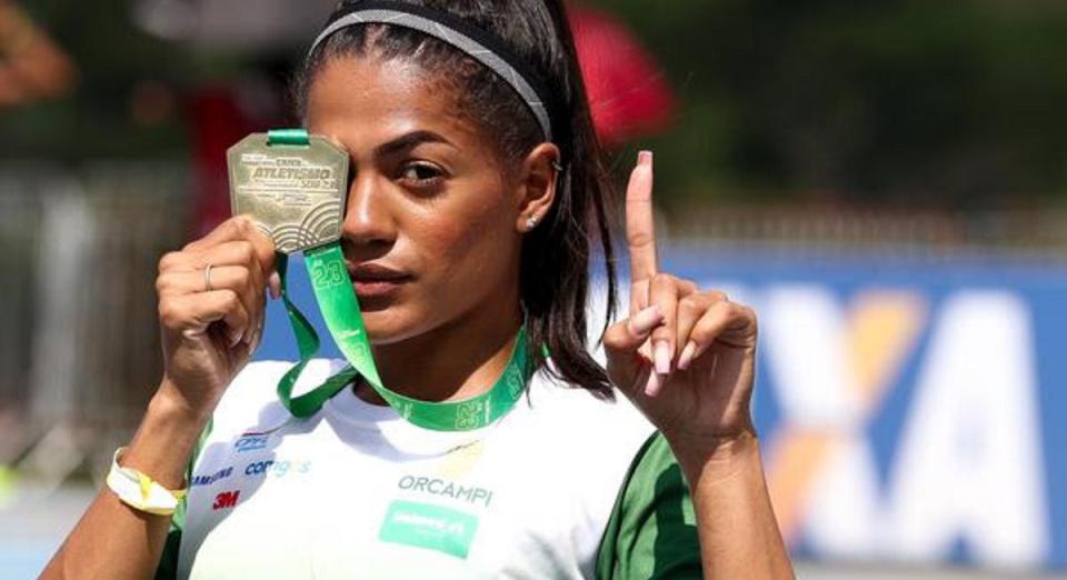 Ana Carolina luta por vaga olímpica nos 200 m e no 4x100 m