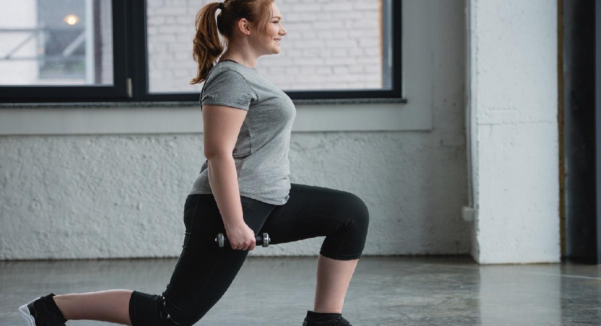 4 variações de afundo para corredores terem pernas mais fortes
