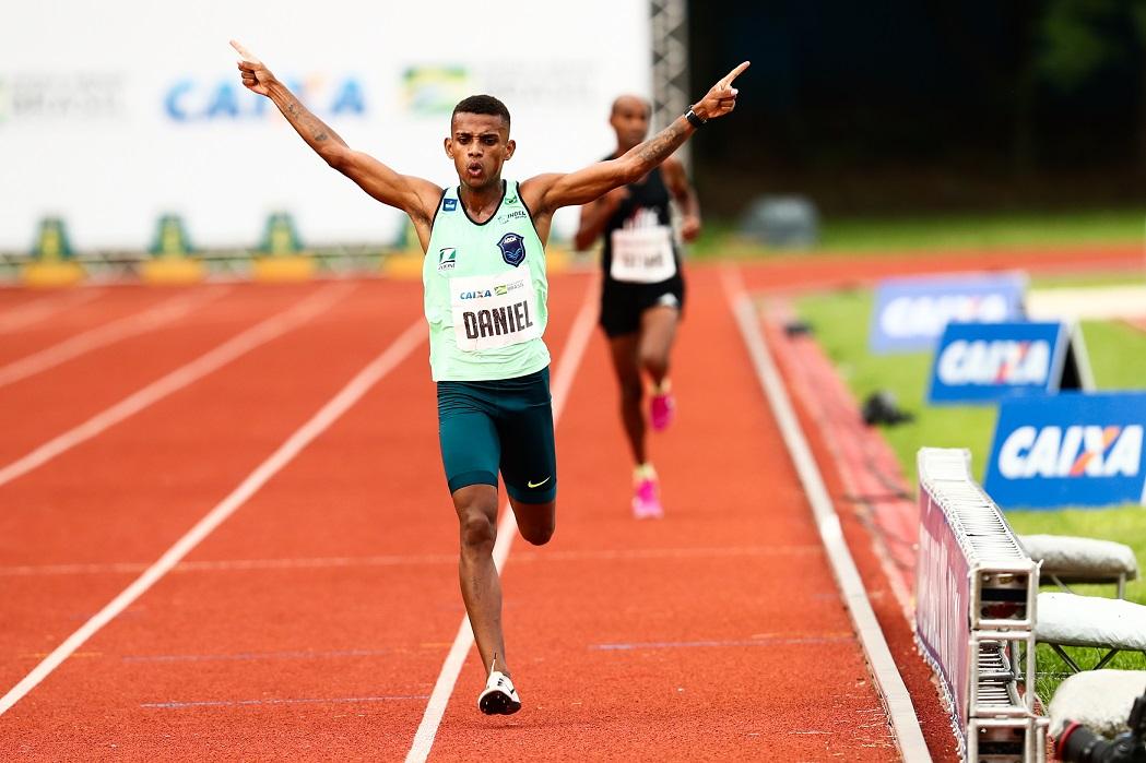 Daniel Nascimento faz índice olímpico em sua estreia na maratona
