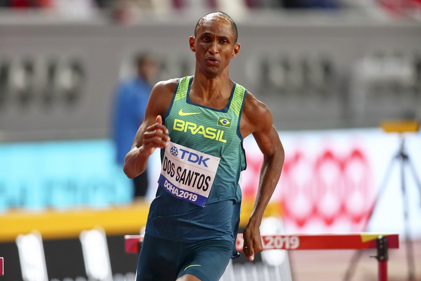 Alison Santos quebra de novo o recorde sul-americano dos 400 m com barreiras