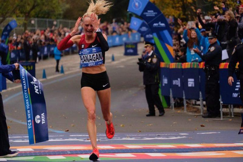 A conquista foi muito celebrada pela atleta e público presente Foto: Divulgação