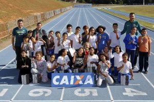 CBAt e Prefeitura apresentam programa de atletismo em escolas municipais