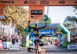 Com 58min18 Abraham Kiptum, do Quênia é o novo recordista mundial de meia maratona
