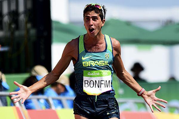 Caio Bonfim, durante a disputa dos 50 km nas Olimpíadas Foto: Wagner Carmo/CBAt