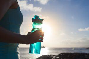 É necessário beber tanta água durante os treinos de corrida?