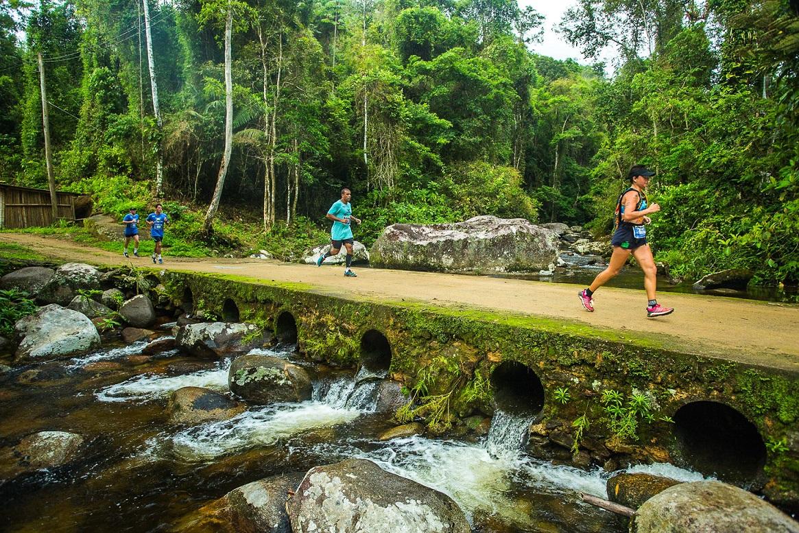 As trail runs do XTerra Paraty atraem corredores de todo o país pelas belezas naturais/ Foto: Thiago Lemos