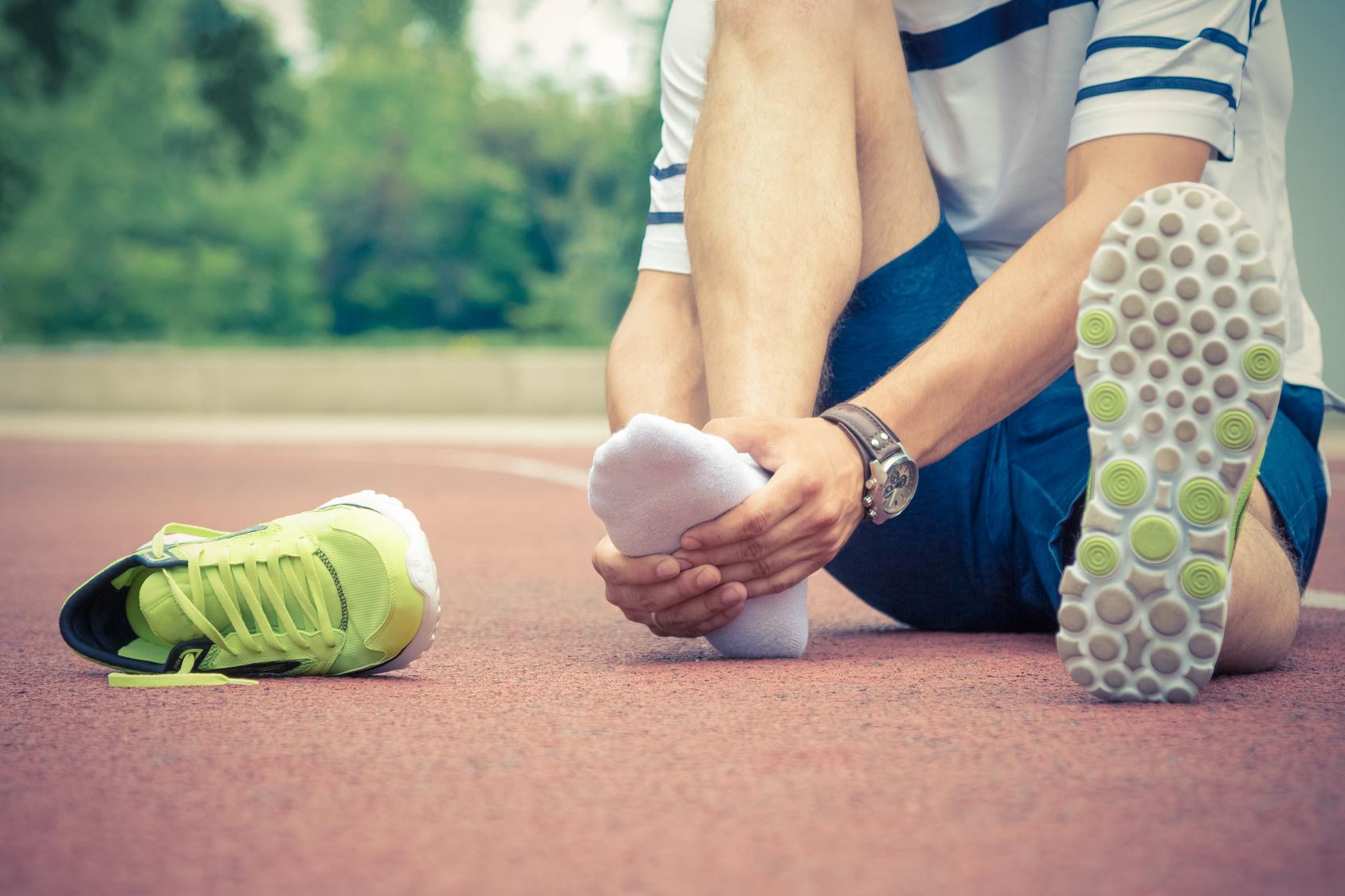 Esse tipo de lesão não é comum em corredores, mas pode acontecer durante o treinos e/ou provas Foto: zphoto83/Fotolia