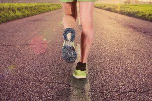 Saiba como fortalecer a panturrilha e melhorar sua performance na corrida