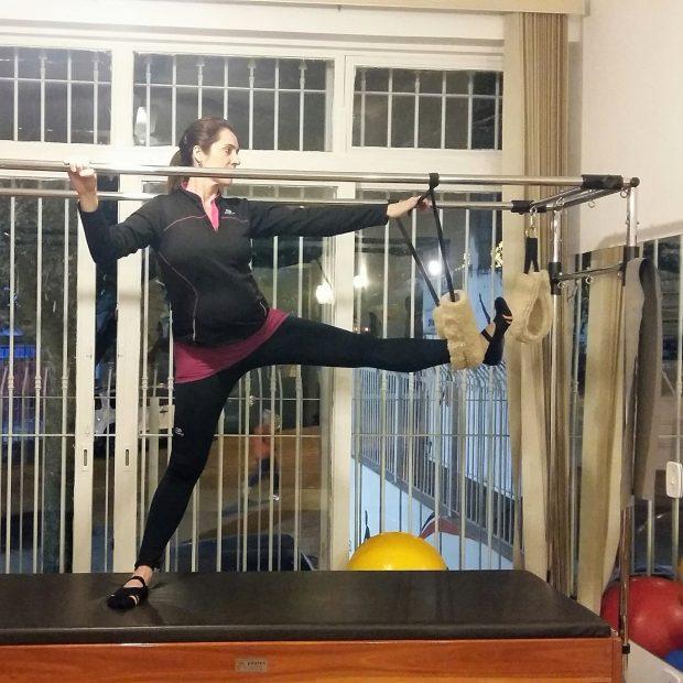 Alexandra também investe no Pilates durante a gravidez Foto: Divulgação