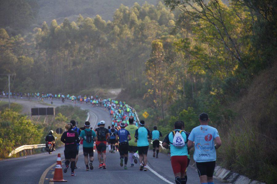 Prova reuniu cerca de 1.500 atletas em Bom Jardim da Serra Foto: Christina Volpe/Webrun