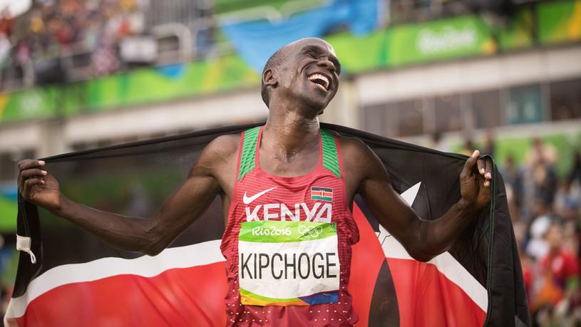 Kipchoge foi campeão olímpico em 2016 e também o melhor corredor no projeto Breaking2, da Nike Foto: Marcelo Machado/Fotoarena