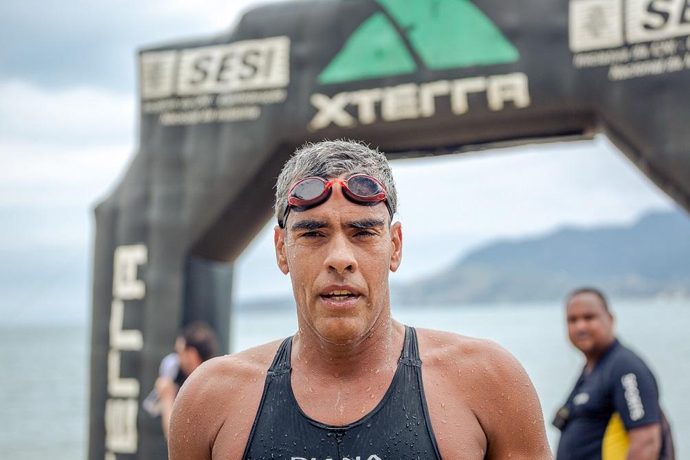 O fenomenal Artur Pedroza já é o campeão do Swim Challenge 3km de 2018 //Foto: Bruno Meneguitti