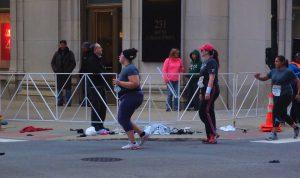Você sabia que casacos 'dispensados' em maratonas internacionais vão para doação?