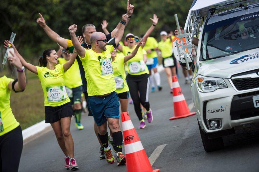 Na Wings For Life World Run é a linha de chegada que persegue os atletas Foto: Divulgação